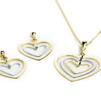 Heart Pendant Necklace Photographer Leeds.jpg